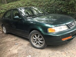 Green Acura for sale !