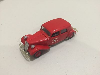 Solido 1939 Citreon 15 Six 1:43 Scale Die Cast Model No.4032 Sapuers Pompiers