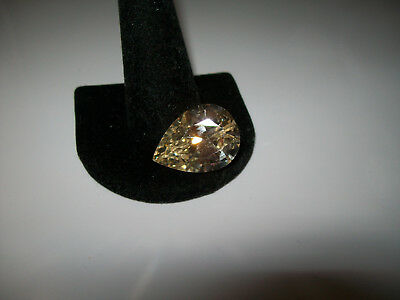 AWESOME YELLOW 25CT SAPPHIRE