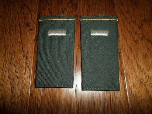 U.S MILITARY ARMY EPAULETS 1st LIEUTENANT SHOULDER RANK DARK GREEN USA MADE