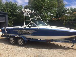 2002 Centurion Sports ski/wakeboat with all the extras Echuca Campaspe Area Preview