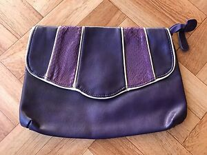 Purple clutch bag with gold trim Dubbo Dubbo Area Preview