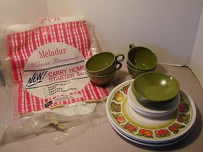 Lot of 16 Vintage Melamine Melmac Dishes- Floral/green