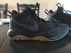 Nike basketball shoes MINT condition.