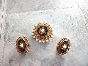 vintage? costume jewellery sphinx clip earrings & brooch