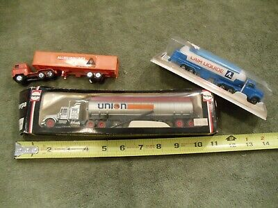 Tractor Trailer Rigs - Majorette / herpa - some MIB for railroad set or display Tractor Trailer Set