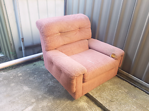 free lounge chair Elermore Vale Newcastle Area Preview
