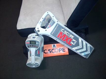 Cable and Pipe Locator For Hire