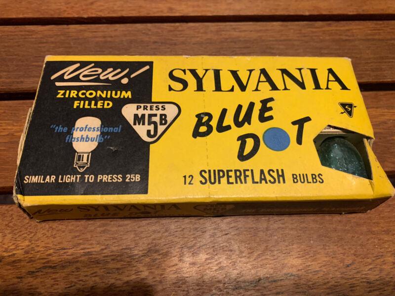 Sylvania Press M5B Blue Dot 12 SUPERFLASH BULBS