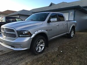 2014 Dodge Ram Sport 1500 Hemi $32,500 Firm