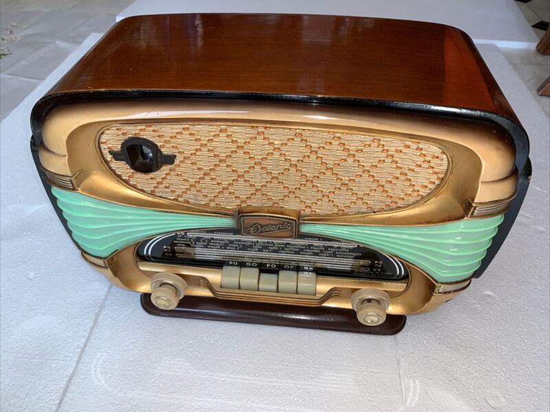 Oceanic Surcouf Art Deco French Radio , Very Nice Physical And Working Condition