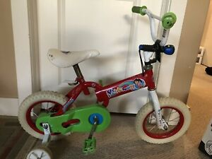 Dora bike with training wheels