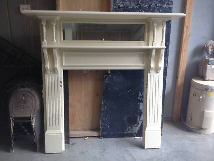 Vintage Fireplace St Leonards Willoughby Area Preview