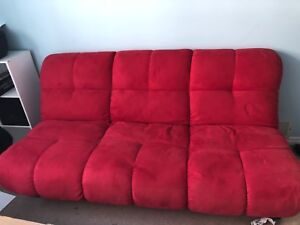 Beautiful 2 in 1 couch