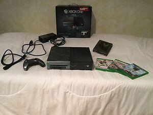 Xbox one 1000gb Édition Spécial Halo 5