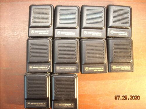 Lot of 10 Motorola voice memory Pager. VHF  With Belt Clip