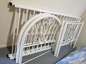 White metal single bunk beds with free good spring mattress Boronia Heights Logan Area Preview