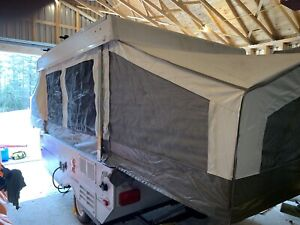 2010 Rockwood Freedom 1940LTD tent trailer