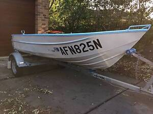 Boat 12ft Tinny and sound trailer both with rego. Rathmines Lake Macquarie Area Preview