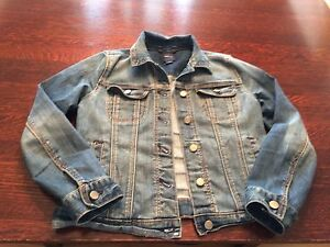 Gap kid's jean jacket lg(8-10 yr)