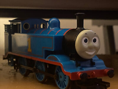 Hornby Thomas The Tank Engine (RUNS BUT NEEDS FIXING)