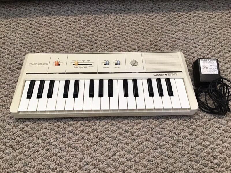 Casio - Casiotone MT-11 - Keyboard - Music Electronic Keyboard - Works