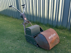 Scott Bonner Lawn Mower Fairview Park Tea Tree Gully Area Preview