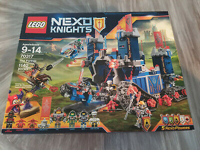 Lego Nexo Knights #70317 The Fortrex NEW & Sealed  1140 Pieces!