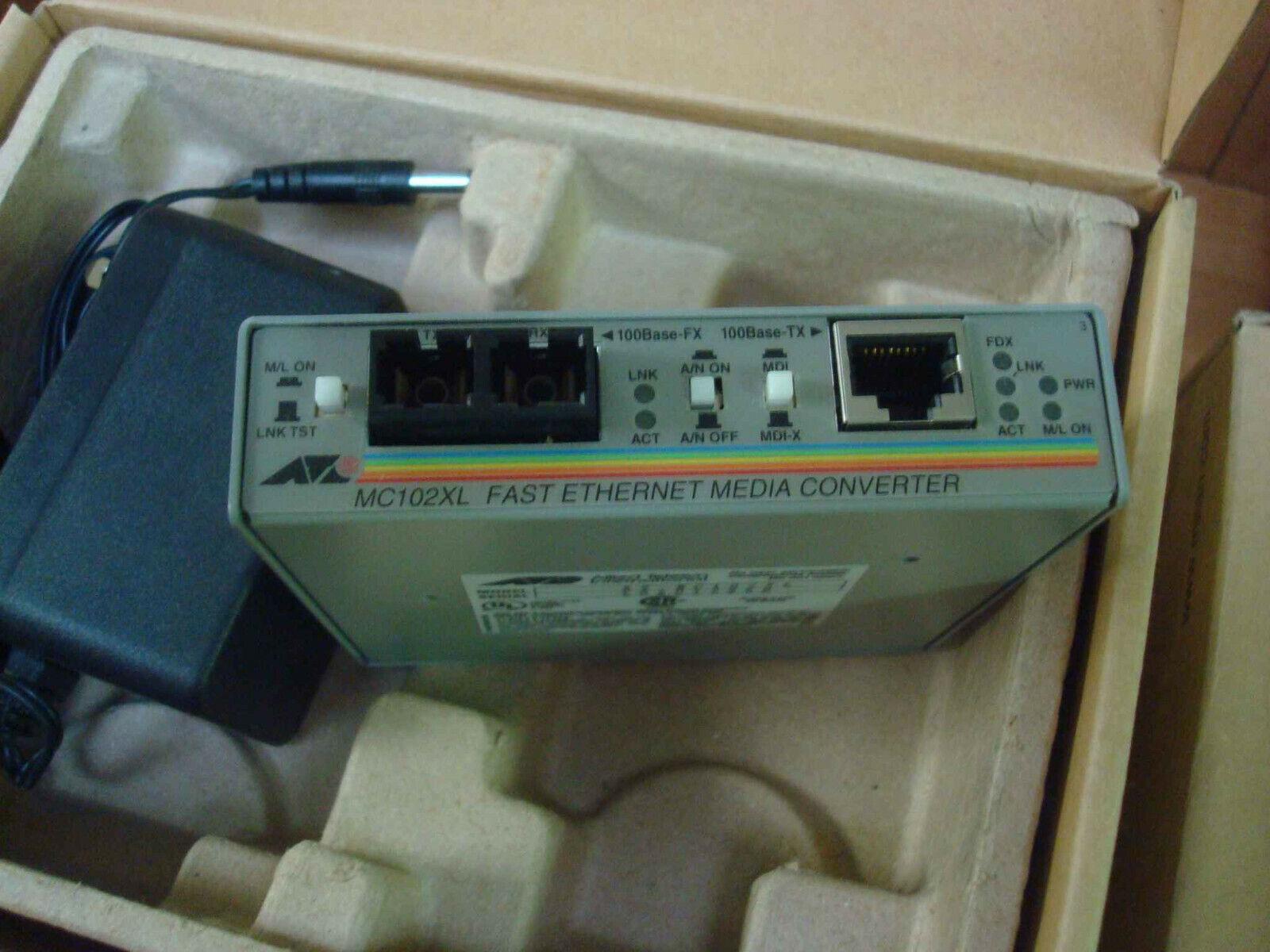 Allied Telesync AT-MC102XL Fast Ethernet Media Converter 100TX(RJ-45) 100FX(SC)