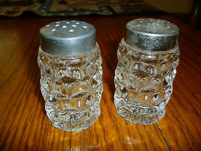 Elegant Vintage Clear Crackle Glass Salt and Pepper Shakers made by I.W Rice /& Co Inc