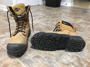 Workfoce steel toes work boots size 10