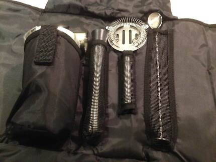 Bar Ware Cocktail Set/Kit in Black Carry Case Brand New COMPACT