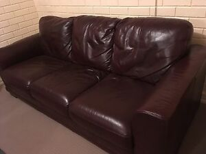 Leather Couch Leopold Geelong City Preview