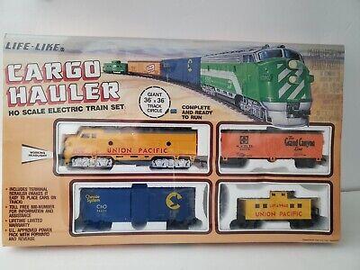 Life Like Cargo Hauler HO Scale Electric Train Set