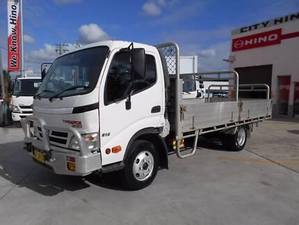 2007 Hino 300 Series 616 Manual Trade Ace Drop side Tray