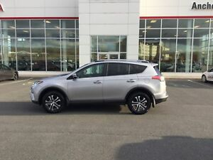 2017 Toyota RAV4 LE AUTO; AIR; BLUETOOTH; BU CAMERA; HEATED S...