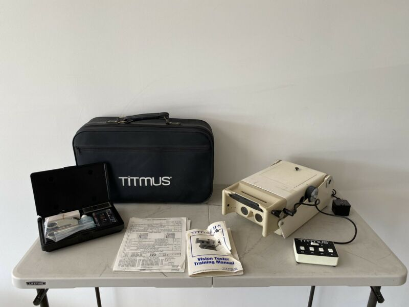 Titmus II-S Vision Eye Sight Unit w/ Case + Extras - See Notes
