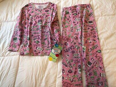 Sara's Prints Holiday Pajamas, Girl's size 6, NWT - Girl Holiday Pajamas