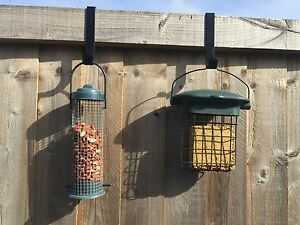2 X FENCE BRACKET HANGERS FOR WILD BIRD HANGING FEEDERS SMALL LANTERNS