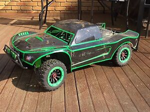 KM X2 4x4 1/5 scale truck lots of mods (based on Losi 5ive) Macleod Banyule Area Preview