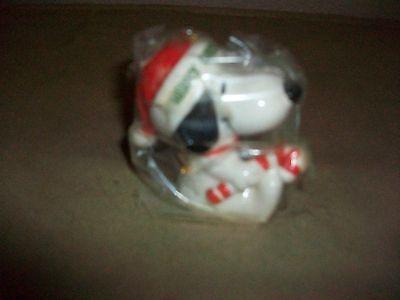 1977 Vintage Ceramic Snoopy Peanuts Christmas Ornament