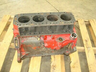 Ford 961 Diesel Tractor Engine Block 310609 800 900