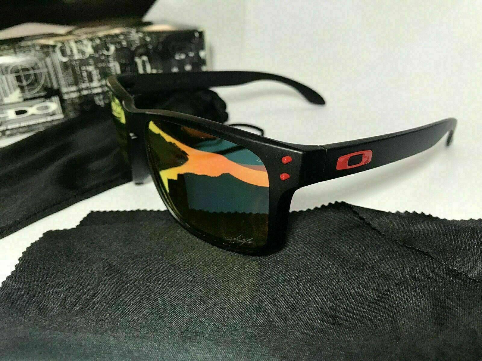 New Sunglasses Polarized Holbrook Matte Black/Sapphire Red Iridium FAST!!!