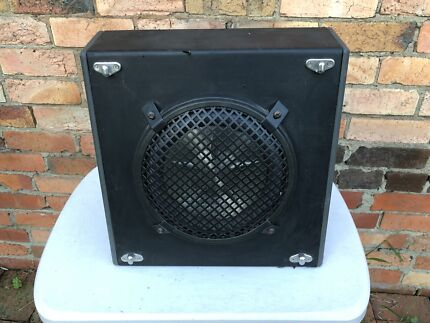 Clarion 10 inch subwoofer and VNET 2100 amp