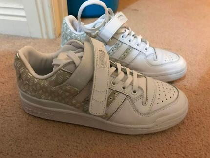 4ef85bbf3df Adidas Forum High Crafted Shoes White and Gold