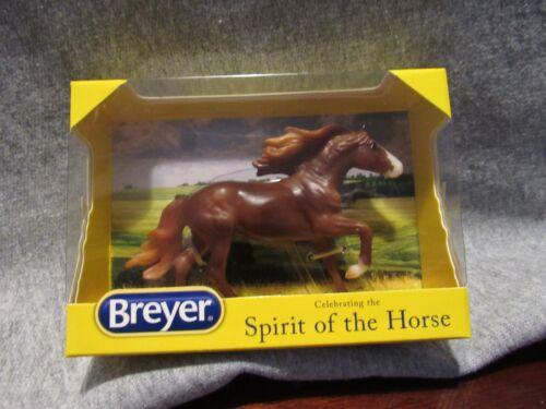Breyer Fiero stablemate club NIB