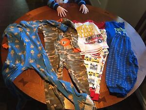 Four pairs of PJ (3 size 5T and 1 size 4T buys fits like 5T)