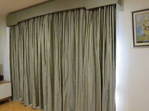 Stylish Silk Thermal Drapes Hawker Belconnen Area Preview