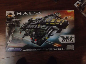 HALO UNSC VULTURE GUNSHIP London Ontario image 1