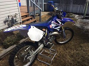Yamaha YZ 125 new top end and full plastic/decal kit